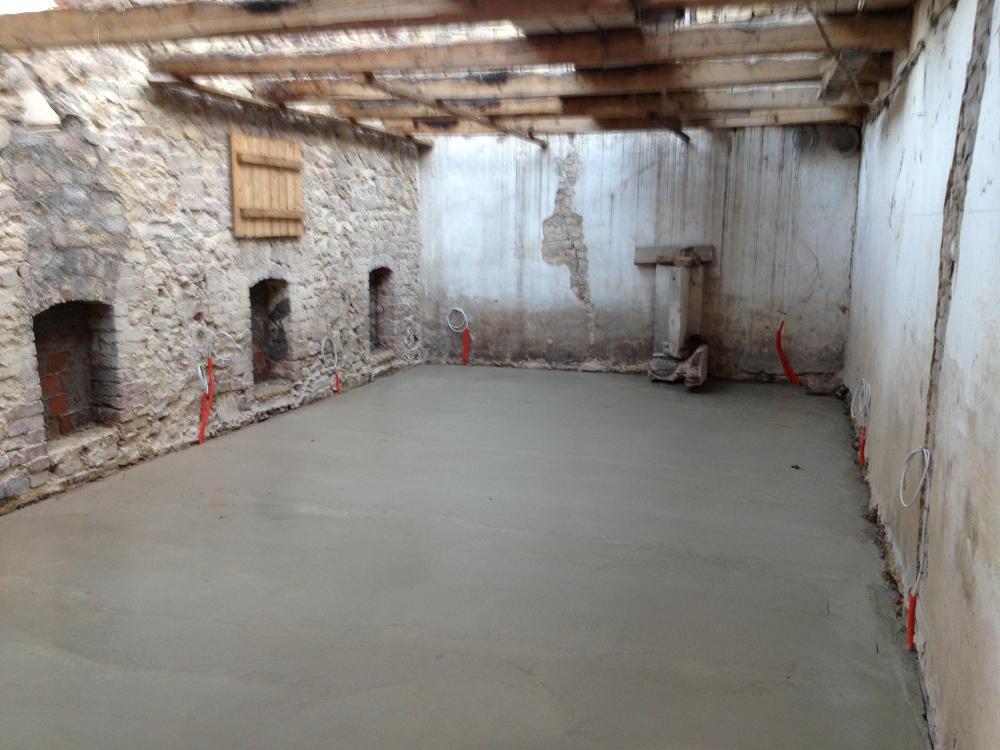 betonboden versiegeln kosten polierter betonboden kosten betonboden wohnbereich geschliffener. Black Bedroom Furniture Sets. Home Design Ideas