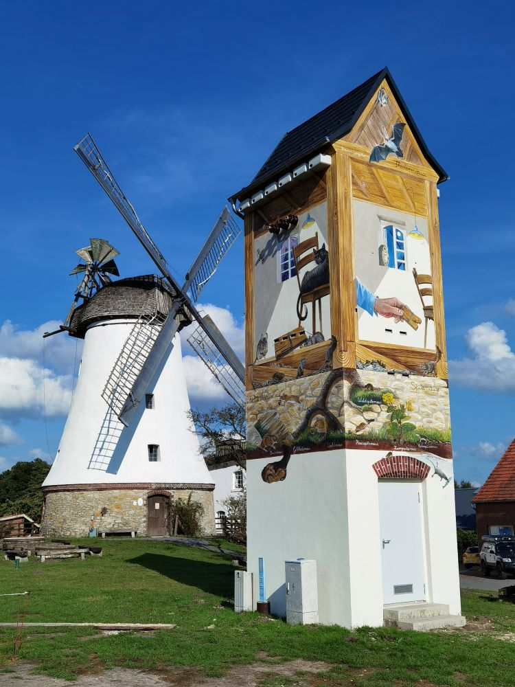 Mühle mit neuem Artenschutzturm
